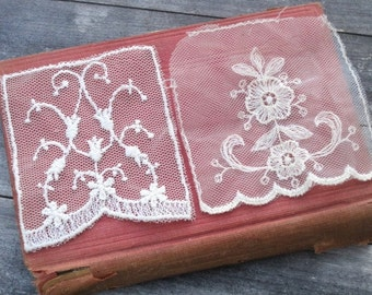 Vintage Ecru Lace Trim Applique - Lot of 2