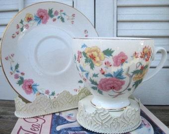 Vintage Royal Grafton 'POMPADOUR' Footed Cup & Saucer, Gold Trim Footed Teacup and Saucer