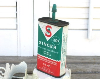Vintage Singer Sewing Machine Oil, 4 Fl. Ozs, 39 Cents, Antique Advertising Tin, Collectible Tin