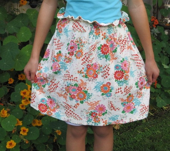 Vintage Retro Floral Half Apron - Terry Cloth, Fun Design, Vibrant