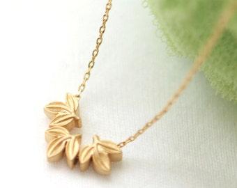 Gold Laurel leaf necklace