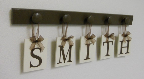 Wedding Gift - Gifts for Wedding Couple - Personalized Wall Decor for SMITH - Brown Wood 5 Peg Hanger - Unique Bride and Groom Gift