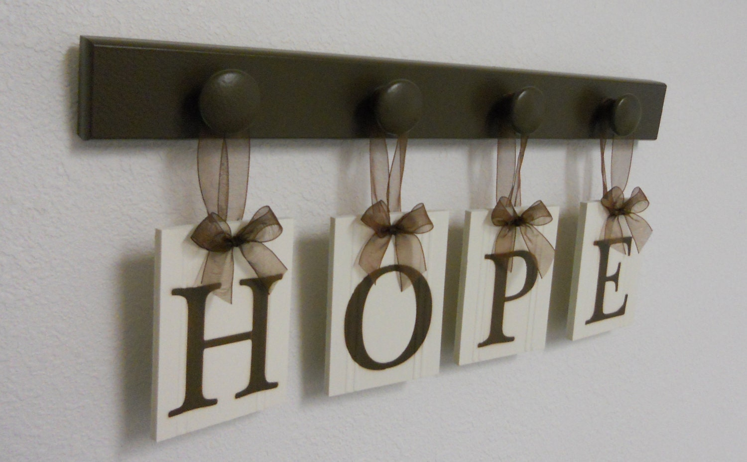 Christian home decor hope wallhanging hope sign for Christian home decorations