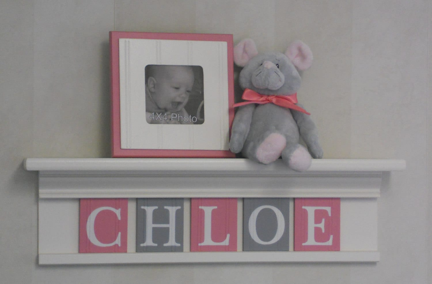 Gray pink newborn baby girl nursery decorations baby name for Baby name decoration