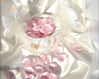 100-1000 rose petals, handmade light pink wedding rose petals, custom colors, artificial satin flower petals