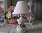 Porcelain 3-Rose Table Lamp