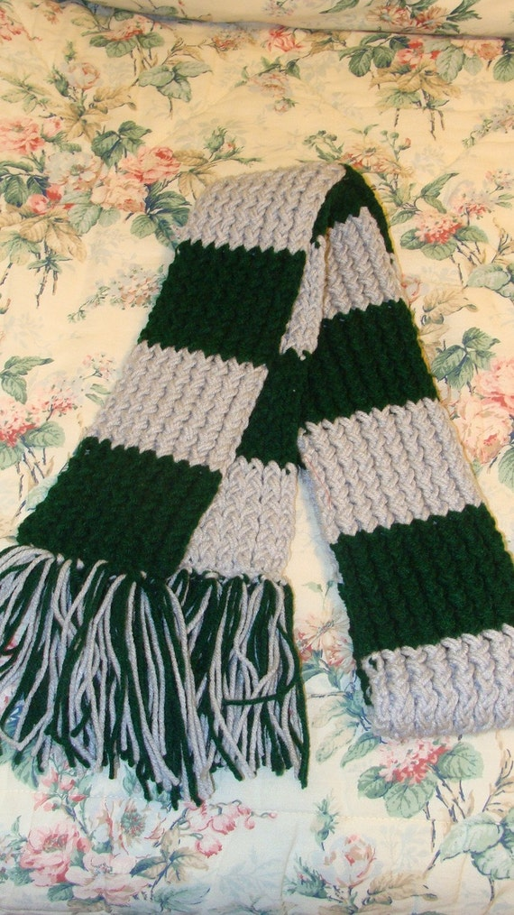 Harry Potter Scarf Knitting Pattern Slytherin : harry potter hogwarts slytherin scarf pattern one by pennknits