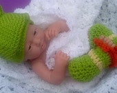 Frog hat and leggings. preemie to 4 years old green. Photo prop