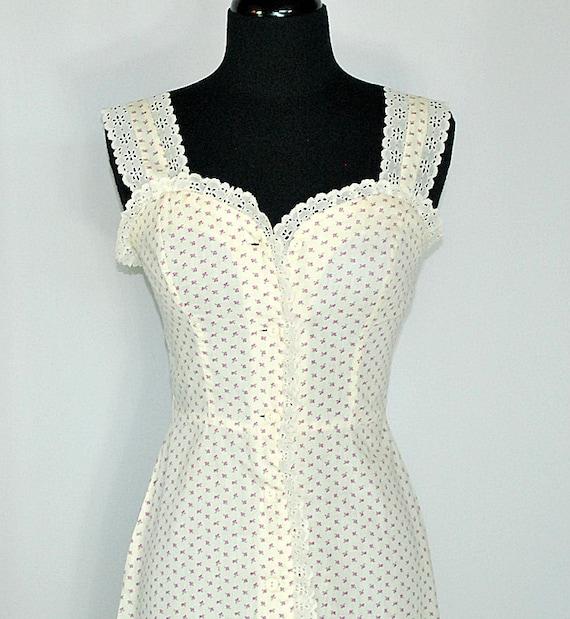 1970's 70's Vintage Cream and Rose Calico Prairie Sun Dress