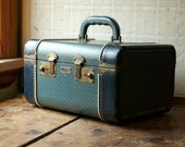Vintage J C Higgins Blue Train Case with White Piping