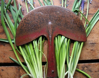 Vintage English Gardening Spade with Red Metal and Wood Handle - Door Decor