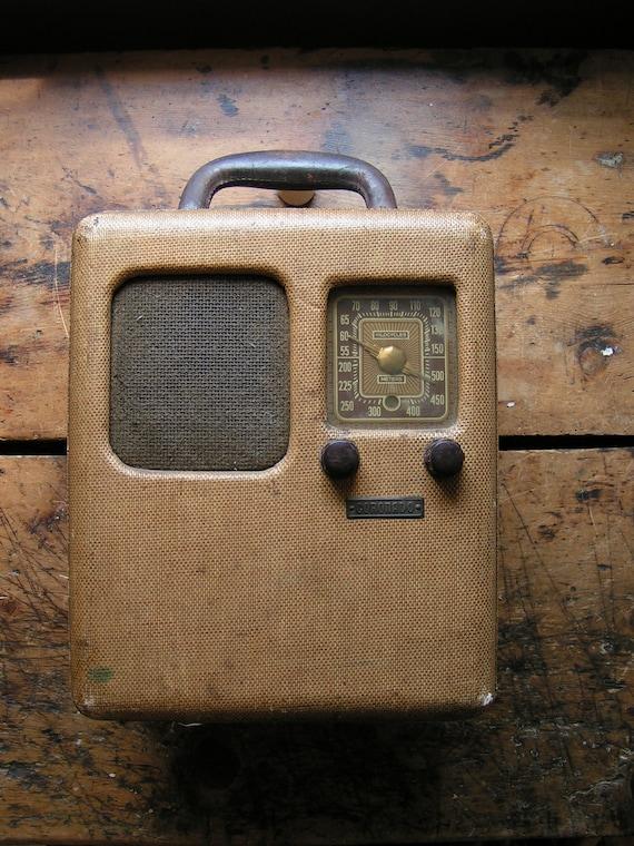 Vintage Coronado Tube Radio with Tweed Case