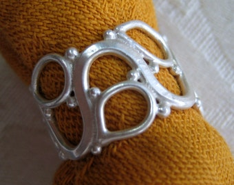 Openwork Vine Ring Handmade in Sterling Silver, Size 6