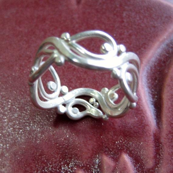 Leafy Vine Ring in Argentium Silver Openwork, Size 8