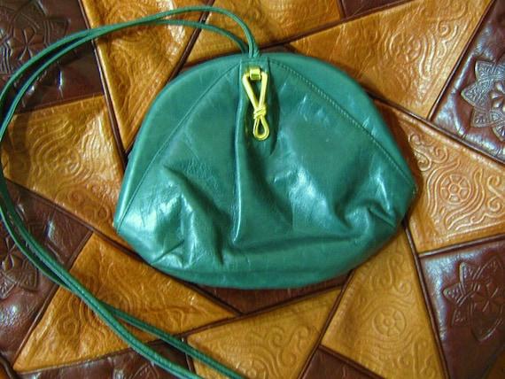 70s VTG Green Leather Designer Bag Purse Crossbody made in Italy