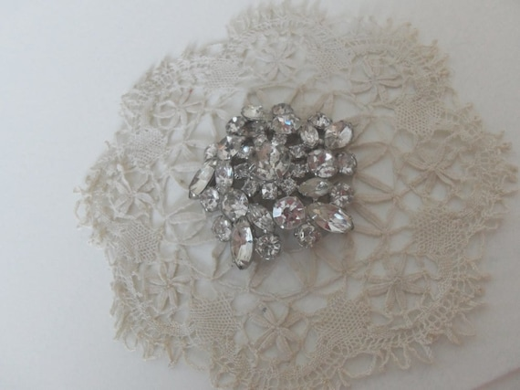 Vintage Rhinestone Brooch 1950s Classic Fashion Women Accessory Wedding Cruise Casino Marquise Prong-Set Collectible