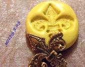 classy fleur de lis- flexible silicone push mold / craft/ dessert/ mini food / soap mold/ resin/jewelry and more.