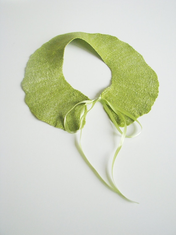 RESERVED for ANIA - Fresh green collar / Summer / felted super soft merino wool with silk