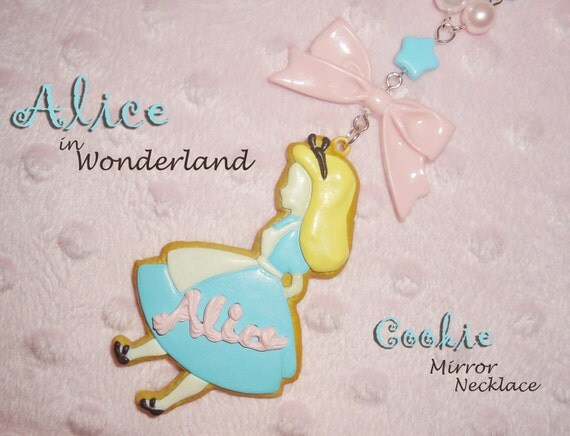 Alice Shaped Frosted Cookie with MIRROR Alice Seeing Stars Beaded Necklace