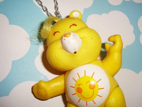 Care Bears Funshine Bear Poseable Necklace