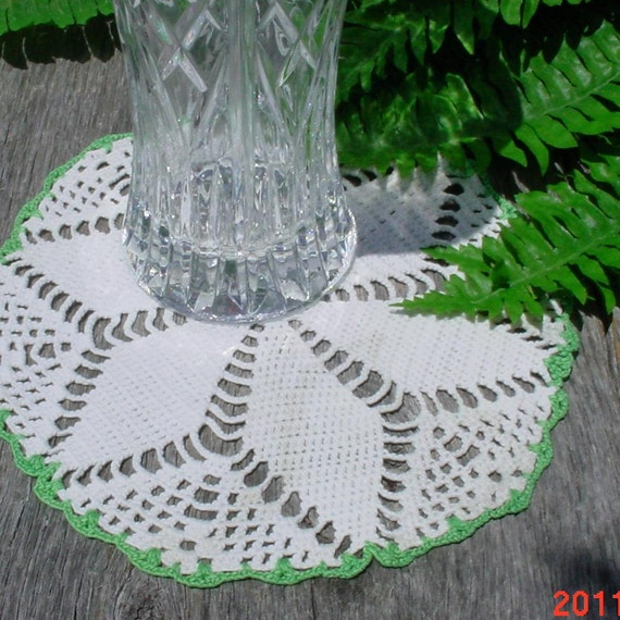 Vintage White Doily with Grass Green edges Collectible Handmade