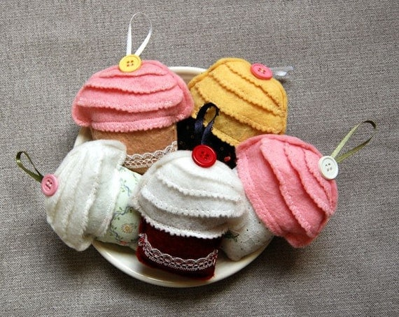 Felt Cupcake Ornaments - Set of 5