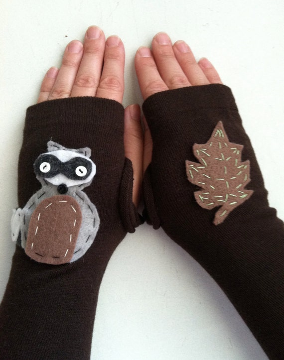 Fingerless Gloves Woodland  Raccoon and Leaf - Handmade Felt Animal