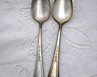 "Vintage Silver Spoon - Oneida Community ""Duchess"" Pattern -1923"