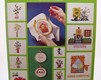 Vintage Cross Stitch Pattern Leaflet - Teach Yourself Counted Cross Stitch - Leisure Arts