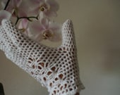 Crochet lace vintage 1960-s white bridal wedding gloves