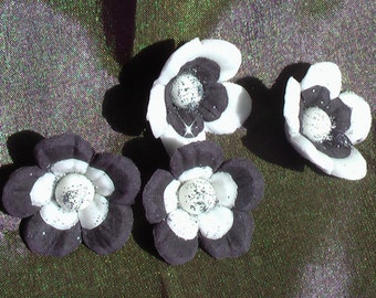Edible Black and White Gum Paste Flowers