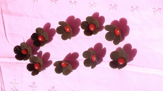 24 Chocolate Gum Paste Flowers with Candy Center
