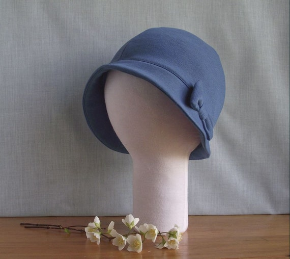 Reserved for Yana - CUSTOM Brimmed Cloche Hat with Flower or Bow for Newborns