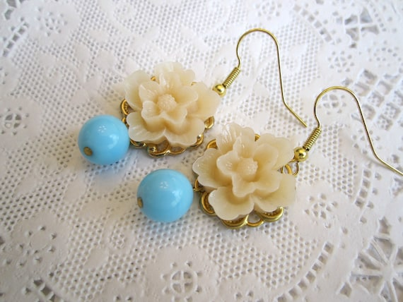Flower Earrings Turquoise Ivory Wedding Bridesmaids earrings Romantic Whimsical earrings shabby chic victorian jewelry.