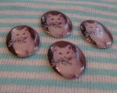 White Kitty Cameos - 13mm x 18mm
