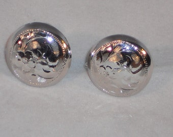 "Vintage Sterling Silver Etched screw back earrings ""Rainbow"""