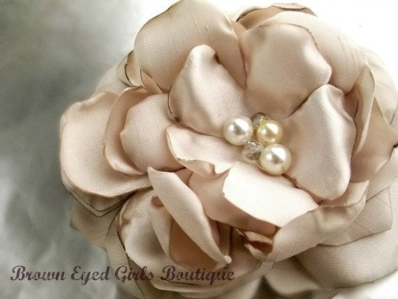 Champagne Bridal Flower Hair clip, Wedding Hair Accessory, Bridal Fascinator, Bridal Head Piece