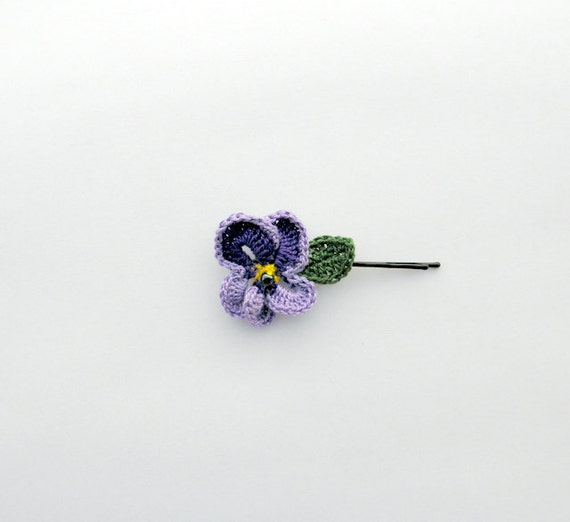 Pansy  hair clip spring eco crochet hair pin ,  green, ametyst, lila, yellow, green with black glass bead