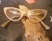 Vintage Cat-Eyed Eyeglasses