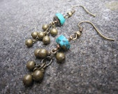 Turquoise and Brass Cluster dangle earrings