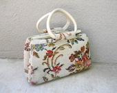 SALE vintage 50s floral white needlepoint handbag purse