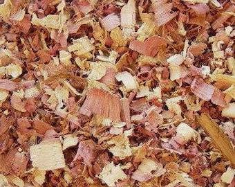 CEDAR Shavings, Fresh Cedar Chips, Dried Aromatic Eastern Red Cedar // USA Wild Grown Wild Harvested Natural Repellent // 15 20 25 30 40 Cup