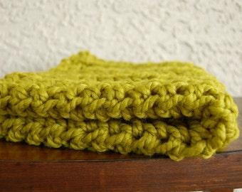 Baby blanket-My itsy bitsy blankie-Lemongrass-baby shower or birth gift