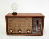 AM/FM Radio Lamp