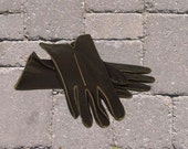 Vintage leather gloves brown size 5 or 6