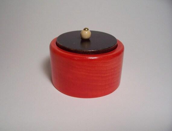 Small Round Red Trinket / Jewelry Box Made of Sugar Pine