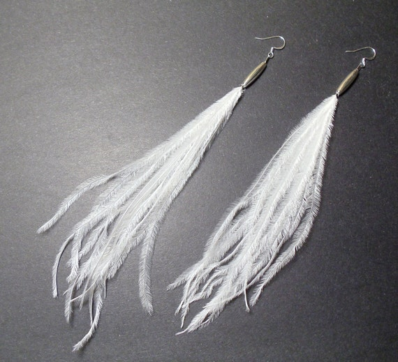 CLEARANCE / Long white ostrich classic feather earrings - silver plated cocktail earrings
