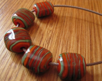Glass Lampwork Pillow Beads, Carrot Red with Green Filligrana.