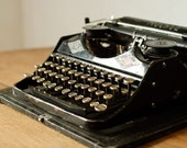Vintage Typewriter Moscow - 1940s - Collectible Rare - Russian Typewriter - teamcamelot