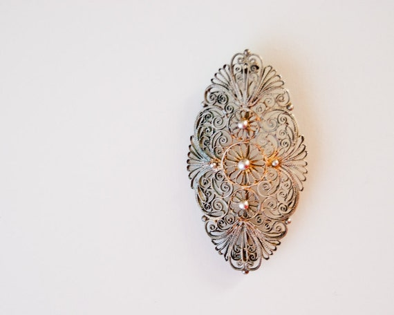 Vintage Filigree Brooch - Metal Soviet Jewelry - Vintage Handmade - Collectible - Fashion